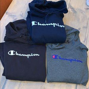 Women's champion size L/XL sweatshirt bundle